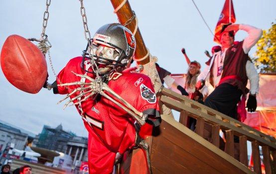 pirating-NFL-Games